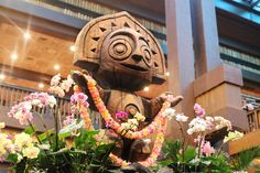 Disney's Polynesian Resort is one of the most beautiful places to stay in Walt. Disney Vacation Club, Disney World Trip, Disney World Resorts, Disney Vacations, Disney Parks, Disney Travel, Polynesian Village Resort, Disney Time, Disney Hotels