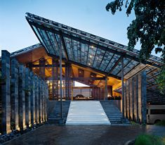 Image 1 of 27 from gallery of The Santai / Antony Liu + Architects + Studio TonTon. Photograph by Mario Wibowo
