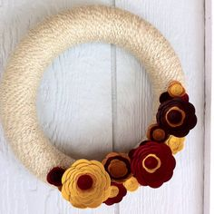 Wheat, Mustard, Brick Red, Pumpkin Orange Yarn Wreath with Felt Flowers – Home Decoration – Grandcrafter – DIY Christmas Ideas ♥ Homes Decoration Ideas Fall Yarn Wreaths, Christmas Mesh Wreaths, Prim Christmas, Deco Mesh Wreaths, Door Wreaths, Winter Wreaths, Ribbon Wreaths, Floral Wreaths, Burlap Wreaths
