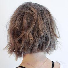 """""""Textured BOB Haircut/Style/Photo by ME #seattlehair #texturedbob #effortlesshair #messyhair #bedhead #hattorihanzo #ibizahairtools #hairbrained #fashion…"""""""