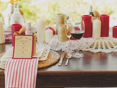 rustic wedding styled shoot // menu // country // classic table settings