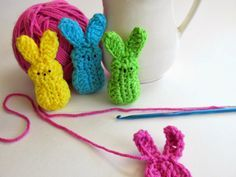 So cute - Easter Marshmallow #Crochet Bunnies made by @sewrtizyritzy using free pattern rom ravelry