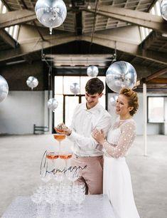 J+S TROUWEN TIJDENS DE FEESTDAGEN | Studio Spruijt Trendy Wedding, Unique Weddings, Wedding Dresses, Studio, Bride Dresses, Bridal Gowns, Weeding Dresses, Studios, Wedding Dressses