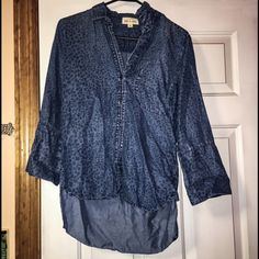 💛SALE💛Cloth & Stone denim shirt Excellent condition. Hardly worn. 100% tencel and is very light weight. Blue button up with a cheetah print all over. OFFERS WELCOMED! Cloth & Stone Tops Button Down Shirts