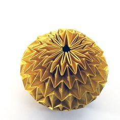 Make a Amazing Origami Magic Ball | Guidecentral