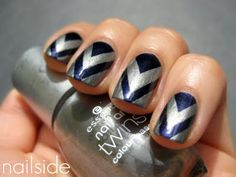 V-gap manicure: OPI Russian Navy as the base and Essence Romeo for the top.