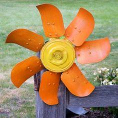 Radiator fan flower