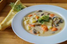 russian potato and mushroom soup (1 of 2)