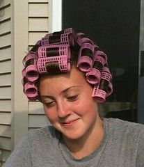 Im actually enjoying my old fashioned roller set. Roller Set Hairstyles, Permed Hairstyles, Roller Set Natural Hair, Hair Curlers Rollers, Curly Hair Styles, Natural Hair Styles, Wet Set, Vintage Glamour, Vintage Beauty