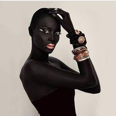 """I am obsessed with becoming a woman comfortable in her skin."" — Sandra Cisneros  Photo: @miriamodemba  #melanin #flexinmycomplexion #blackisbeautiful #blackbeauty #brownskin #brownbeauty #blackwomen  #nubian #fleek #myblackisbeautiful #blackisbeautiful #blackgirlsrock #melaninonfleek #melaninpoppin #blackgirlmagic #myblackisbeautiful #melaninonfleek #blackqueen #queen #melaninmonday #melaninqueen #blackgirls #blackgoddess"