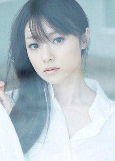 深田恭子(深キョン)がかわいい!年齢不詳は整形 Japanese Beauty, Asian Beauty, Fukada Kyoko, Prity Girl, 1 Girl, Beautiful Asian Women, Nice Body, Asian Woman, Beauty Women
