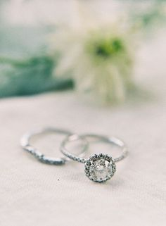 vintage round diamond solitaire wedding rings
