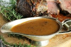 A seriously easy Au Jus recipe perfect for prime rib! Made with or without beef drippings in less than 10 minutes! Prime Rib Au Jus, Prime Rib Roast, Sides With Prime Rib, Rib Recipes, Sauce Recipes, Cooking Recipes, Kitchen Recipes, Cooking Beef, Beef Meals