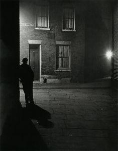 Bill Brandt. London, 1930s