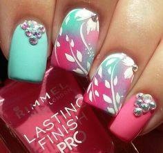Cute nails summer.