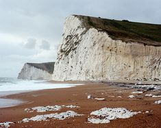 looks like the chalk cliffs in  dover.  If so I was here
