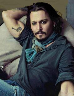 Johnny Depp even does his beard uniquely. What a beautiful specimen he is.  <3