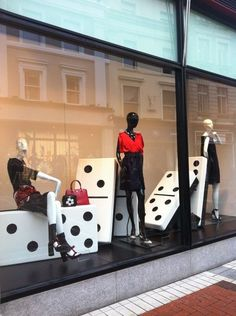 "BROWN THOMAS,Dublin, Ireland, ""Fashion Moves...."", project by Jayne Robinson,UK, pinned by Ton van der Veer"