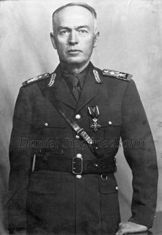 https://flic.kr/p/Jm9KHG | 02. Ion Antonescu