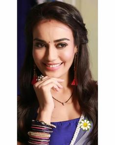 Indiana, Tashan E Ishq, Girls Dp Stylish, Indian Tv Actress, Romantic Pictures, Tv Actors, Cute Faces, Indian Designer Wear, Celebs