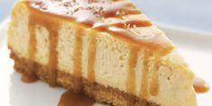 La #cheesecake al caramello è un dolce fresco e goloso a cui è difficile resistere, scopri la #ricetta