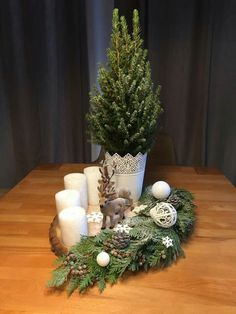 The most beautiful Christmas inspiration of Blue Roof – Christmas / Advent – Weihnachts Dekor – Holidays Beautiful Christmas, Simple Christmas, Christmas Home, Christmas Wreaths, Christmas Crafts, Christmas Ornaments, Merry Christmas, Advent Wreaths, Blue Christmas