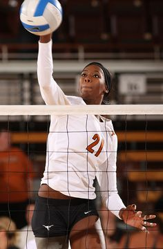 Destinee Hooker (USA, Women's Volleyball, London 2012) One of my heros