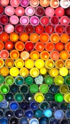 rainbow of colors - use paint chips, cotton balls, bottle caps, etc. to create a cooperative rainbow mural Happy Colors, True Colors, All The Colors, Vibrant Colors, Taste The Rainbow, Over The Rainbow, Rainbow Things, World Of Color, Color Of Life