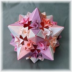 "I made this model, called Whipped Cream Star, with instructions from the book ""Origami Inspirations""."