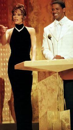 Whitney Houston and Denzel Washington Beverly Hills, Beautiful Black Women, Beautiful People, Whitney Houston Pictures, Vintage Black Glamour, Denzel Washington, Black Girl Aesthetic, Thing 1, Actors & Actresses