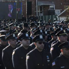 """NYPD Chief: """"Inappropriate"""" for Police Officers to Turn Their Backs on Mayor de Blasio #police #nyc"""