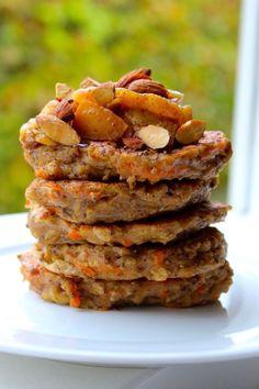 Havregrødsklatkager / Havregrødspandekager med gulerod | Anna-Mad blog