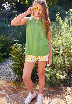 These lemon shorts are perfect for summer! Tween, Cotton Spandex, Sunnies, Trunks, Denim Shorts, Pajamas, Summer Dresses, Tank Tops, Daydream
