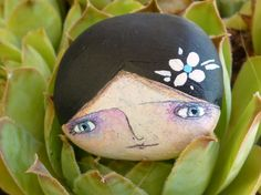 Pebble Painting, Love Painting, Pebble Art, Painting & Drawing, Stone Crafts, Rock Crafts, Story Stones, Rock And Pebbles, Pet Rocks
