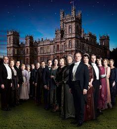 @seriesvosc Downton Abbey 3x05  Episodi 5  Una oferta excitant per l'Edith divideix l'opinió a la casa.  L'Isobel acaba llençant un salvavides a l'Ethel.  L'Ivy atrau molta atenció sota les escales.  La perseverança de l'Anna finalment dóna els seus fruits.
