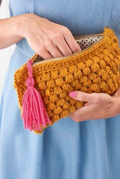 Hook yourself the ultimate accessory with Laura Strutt's tactile textured bag. Team Mollie are always up for expanding their crochet repertoire – especially when handbags are involved – so we couldn't resist this make. Using a technique called puff stitch to add interest and texture to the crocheted fabric, we guarantee you'll be fending off... Continue reading →