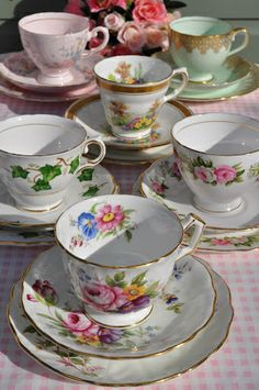 Pink, Green and Gold Teacups by cake-stand-heaven, via Flickr