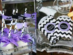 decoración lila + negro halloween