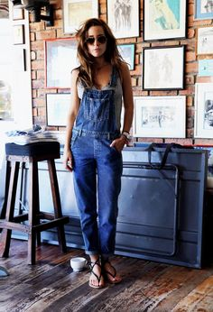 love jeans overall Looks Street Style, Looks Style, Style Me, Simple Style, Look Fashion, Street Fashion, Womens Fashion, Denim Fashion, Net Fashion