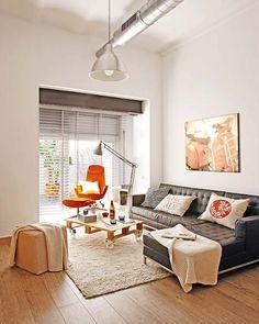 我們看到了。我們是生活@家。: 位在西班牙巴賽隆納的一間約20坪的工業風公寓