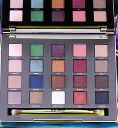 The new Urban Decay Vice3 ($60) Palette! Colors are MORE Pigmented and Blendable than ever! Get it while u can ladies!!!