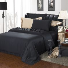 19 Momme Seamless Silk Bedding Set Black (2)   http://www.snowbedding.com/   Snow Bedding offers a wide range of silk bedding products: silk filled duvet/ comforter, silk pillows, silk sheets, silk bedding sets in different styles and colors.  #silkbedding #silksheets #silkluxurybedding #silkbeddingsets #luxurybedding #chinesesilkbedding #satinbedding #silkcomforters #silkbeddingcostco