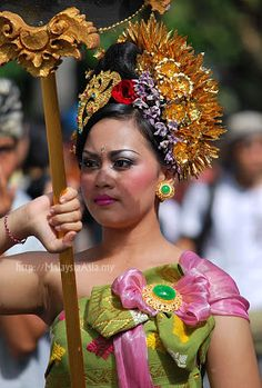 Jembrana Tribe Girl -Festival of People and Tribes in Bali, Indonesia (Pt 1) - Malaysia Asia