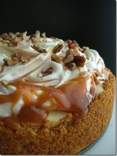 Candy and caramel apple Cheesecake #thanksgiving #pie #recipe