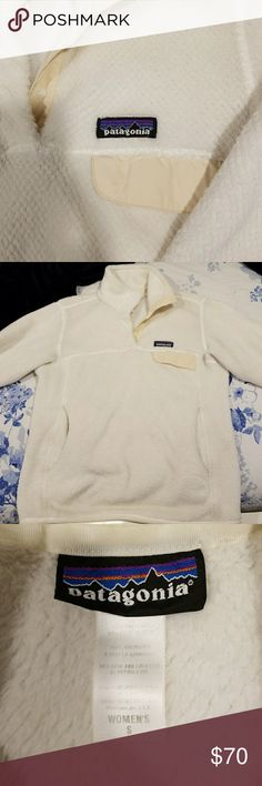 Patagonia Reetool snap t Beautiful cream-white sweater. Sooo warm! I'm trying to downsize my closet, and I don't need another one of these. Perfect condition; no stains or rips, and very well taken care of. Patagonia Sweaters