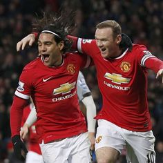 A wonderful sight to behold - Falcao and Rooney! Van Persie, Man Of The Match, Wayne Rooney, Manchester United Football, Team Player, Man United, Southampton, Old Trafford, Newcastle
