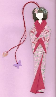 Boyfriend gift ideas 419468152787525720 - A beautiful Geisha origami bookmark is so darned cool… Source by bboudelier Origami And Kirigami, Origami Paper Art, Diy Paper, Paper Crafts, Diy Bookmarks, Origami Bookmark, Corner Bookmarks, Origami Design, Diagrammes Origami