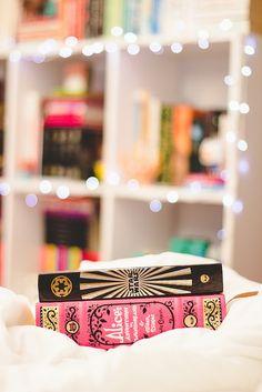 92.100 lovely surprise by Honey Pie!, via Flickr Melina Souza - Serendipity <3