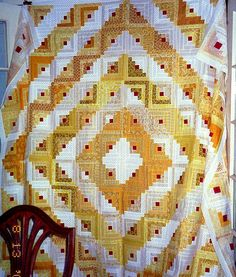TYellow and White Log Cabin by Linda Rotz Miller Quilts Quilt Tops Log Cabin Quilt Pattern, Log Cabin Quilts, Log Cabins, Rustic Cabins, Log Cabin Designs, Pineapple Quilt, Two Color Quilts, Yellow Quilts, Scrappy Quilts