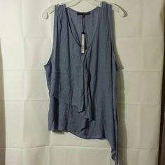 ??BEAUTIFUL TOP?? HARVEY BERNARD NWT- IF YOU HAVE ANY ADDITIONAL QUESTIONS, PLEASE ASK BEFORE YOU PURCHASE! THANK YOU ? Harve Benard Tops Tunics